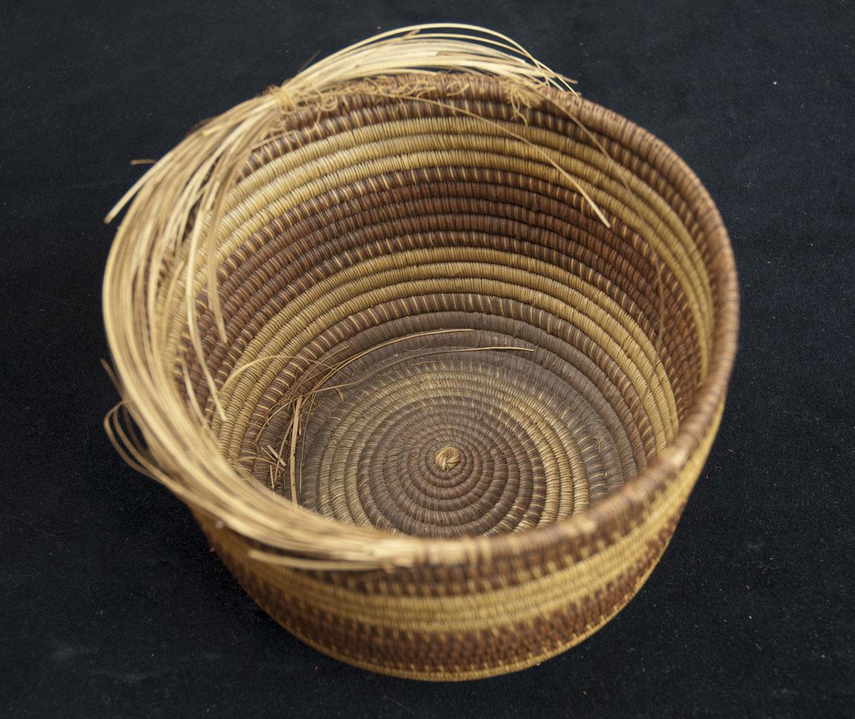 Striped Basket (352132)