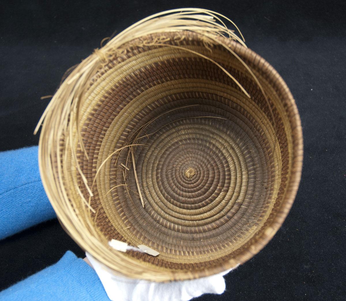 Striped Basket (352133)