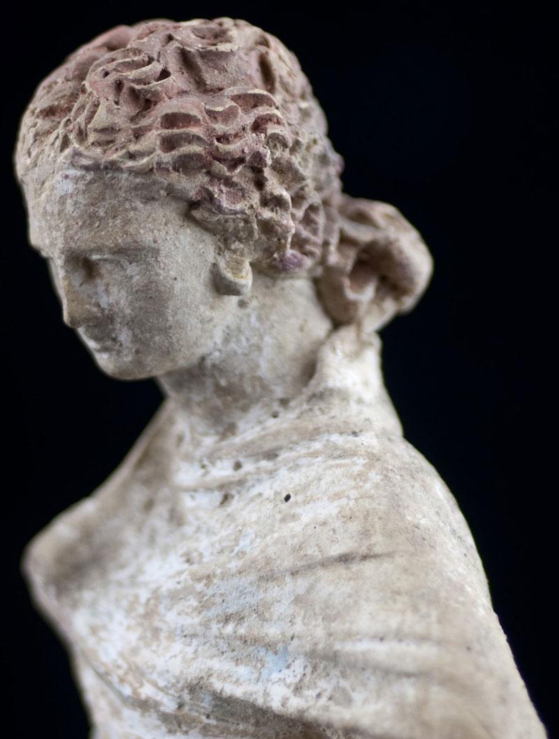 Tanagra Figure (354043)