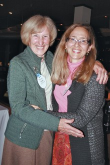 "Susan ""Susie"" Keene Stitt '58 with daughter Elisabeth Stitt '88"