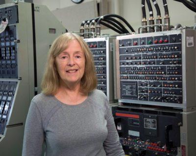 Nancy Cobean Hassel '72