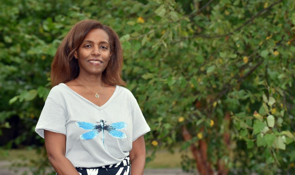 Photo of Professor Deyonne Bryant